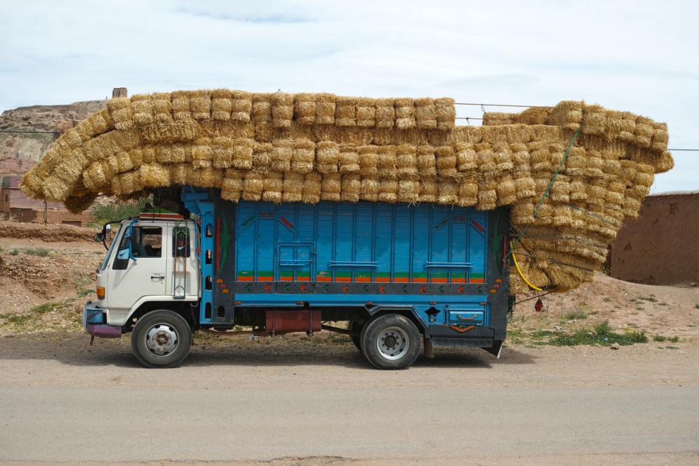 過剰積載トラック