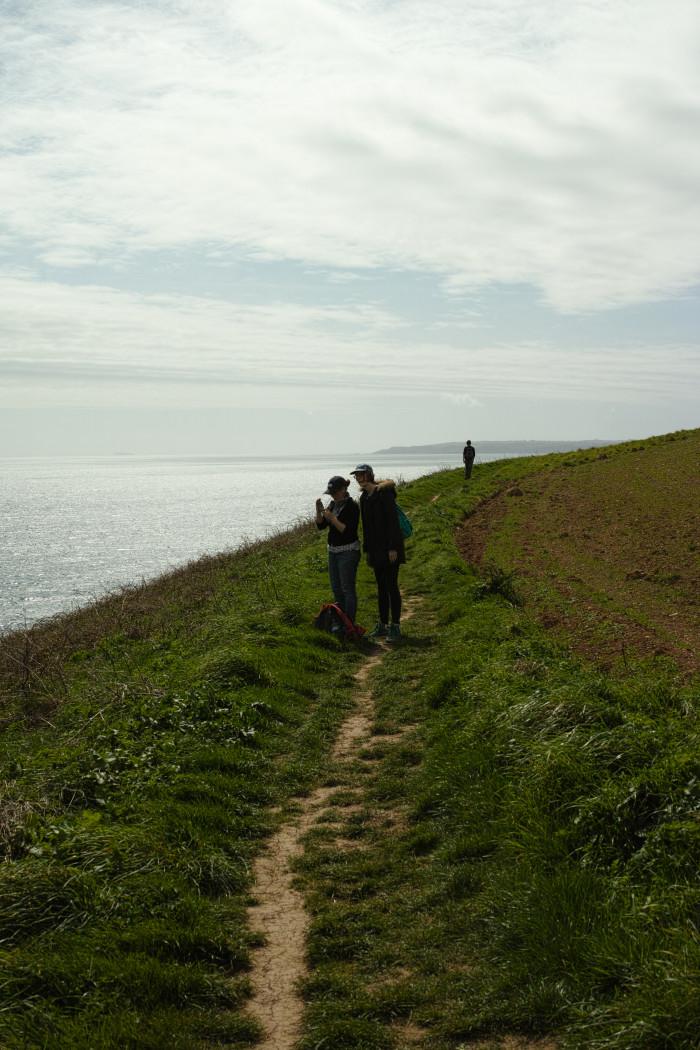 海岸線ハイキング