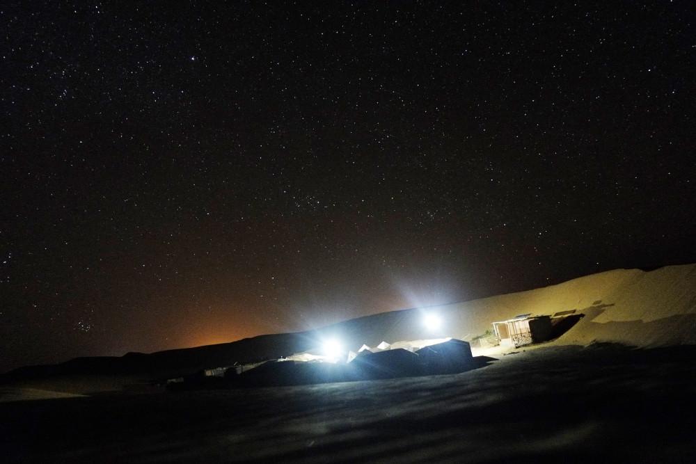 サハラ砂漠星空